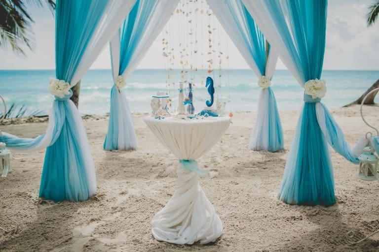 הפקת חתונה בחוף הים